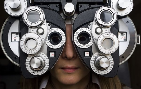 eye testing lenses